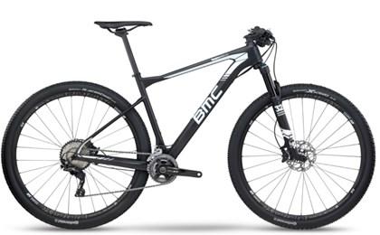 """Bike BMC Team Elite 02 XT Aro 29"""" 2017 Preta e Branca"""