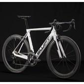 Bike Swift Carbon Hypervox Caliper 105 2021/22 Branca e Preta