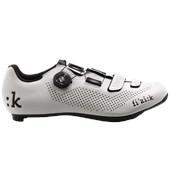 Sapatilha Ciclismo Fizik R4 Uomo Boa Carbon Preta e Branca